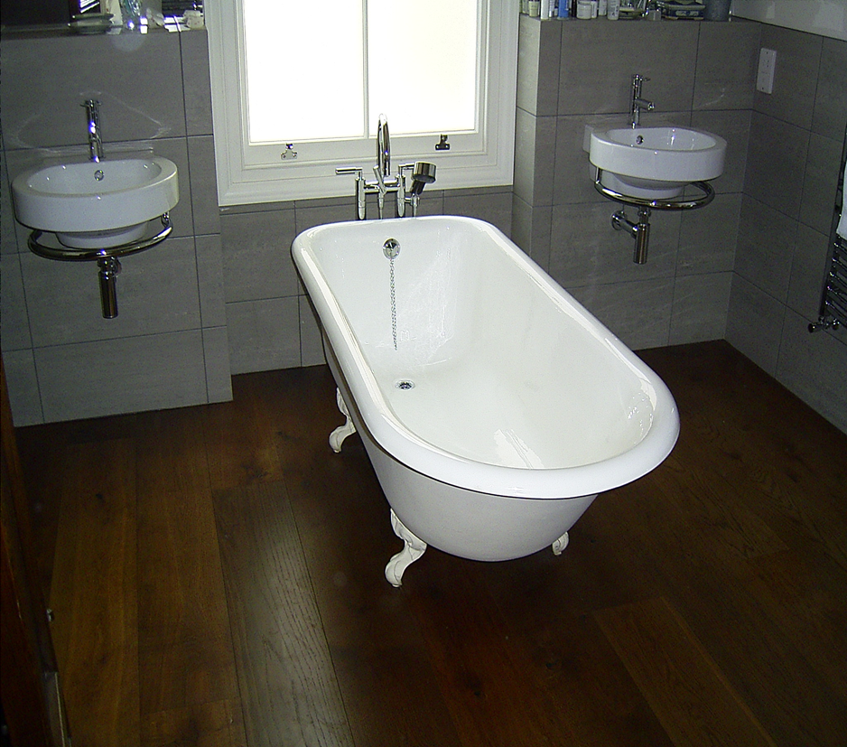 Free Standing Baths Space Property Maintenance